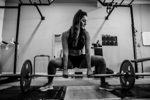 woman deadlifting
